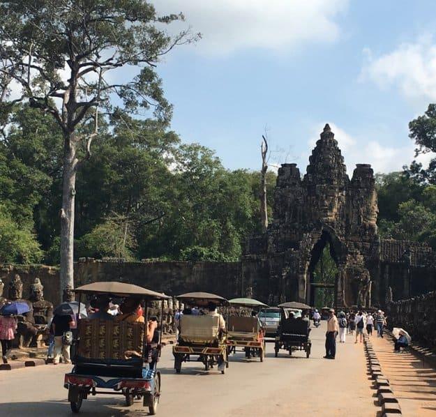 Da Baía de Halong a Angkor Vat, Beatriz Arruda, 2018