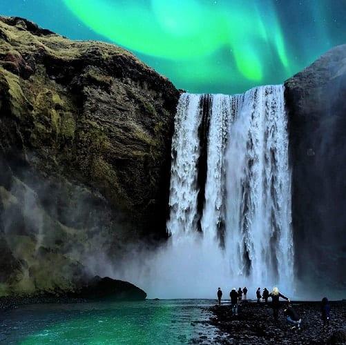 Islândia, Na Senda das Auroras Boreais